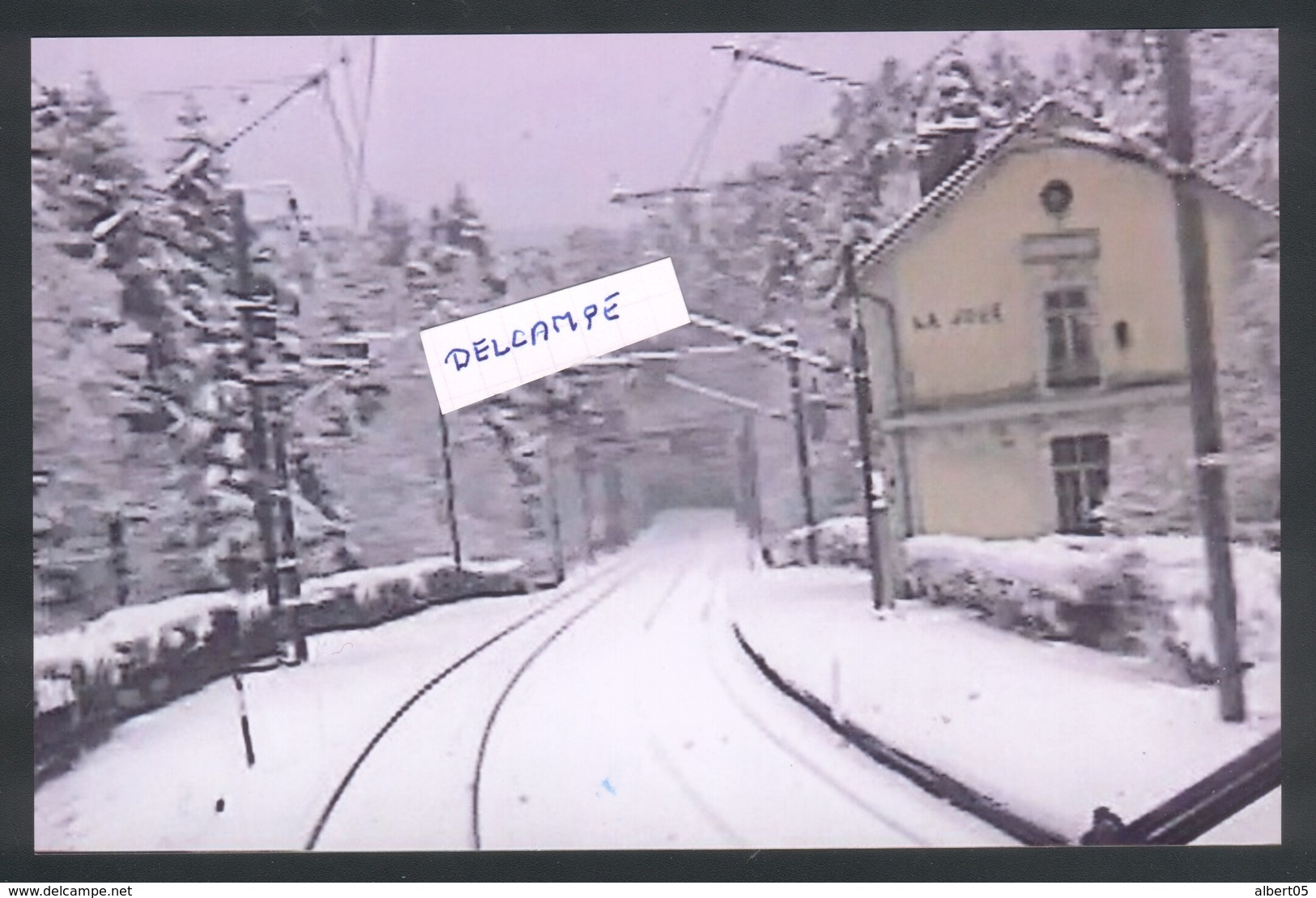 Ligne Mouchard - Frasne-Vallorbe - La Voie à La Gare De La Joux Sous La Neige - Autres Communes