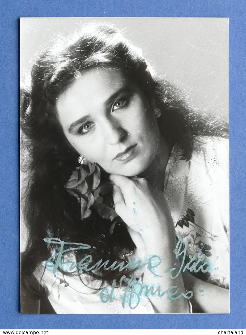 Autografi - Musica Spettacolo - Autografo cantante e doppiatrice Fiamma Izzo  - 1990 ca.