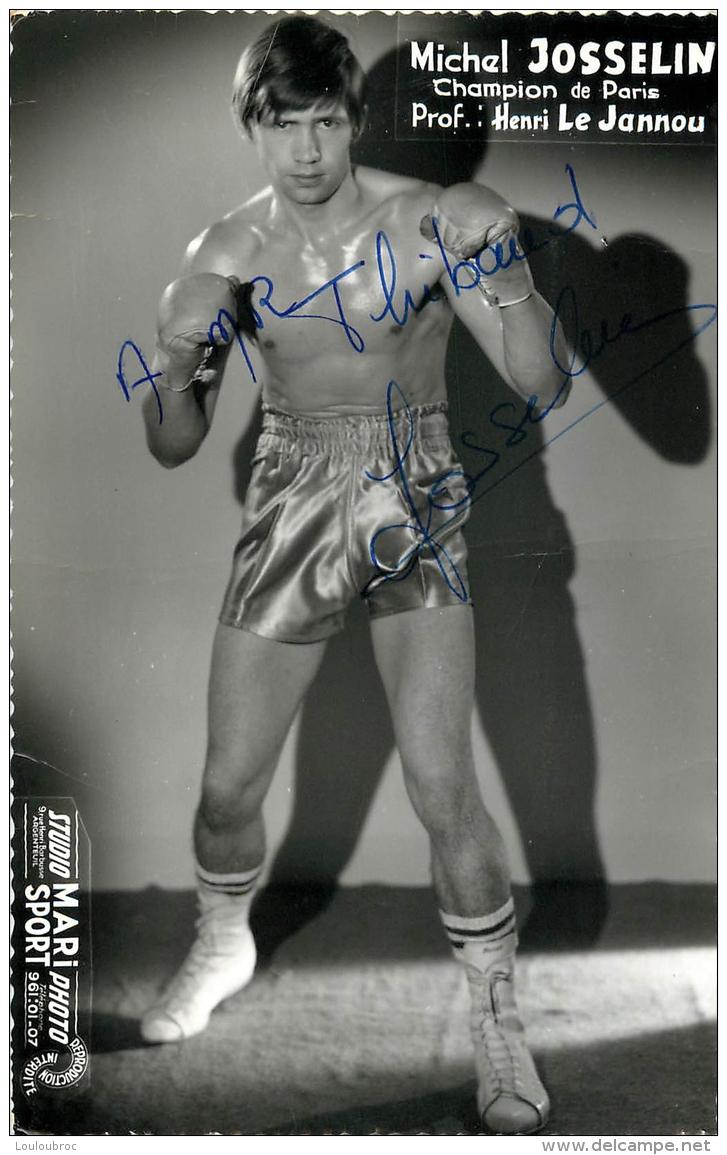 PHOTO BOXE BOXEUR MICHEL JOSSELIN  DEDICACE  AU BOXEUR ROLAND THIBAUD FORMAT  14 X 9 CM - Autographes