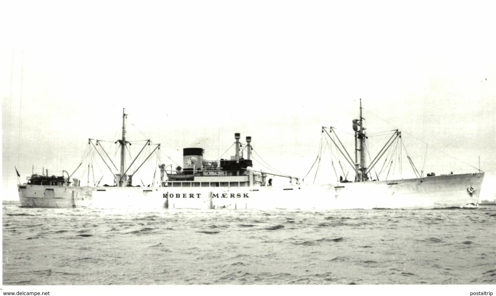 ROBERT MAERSK   13,5 X 9 Cm  BARCO, BATEAU, SHIP - Barcos