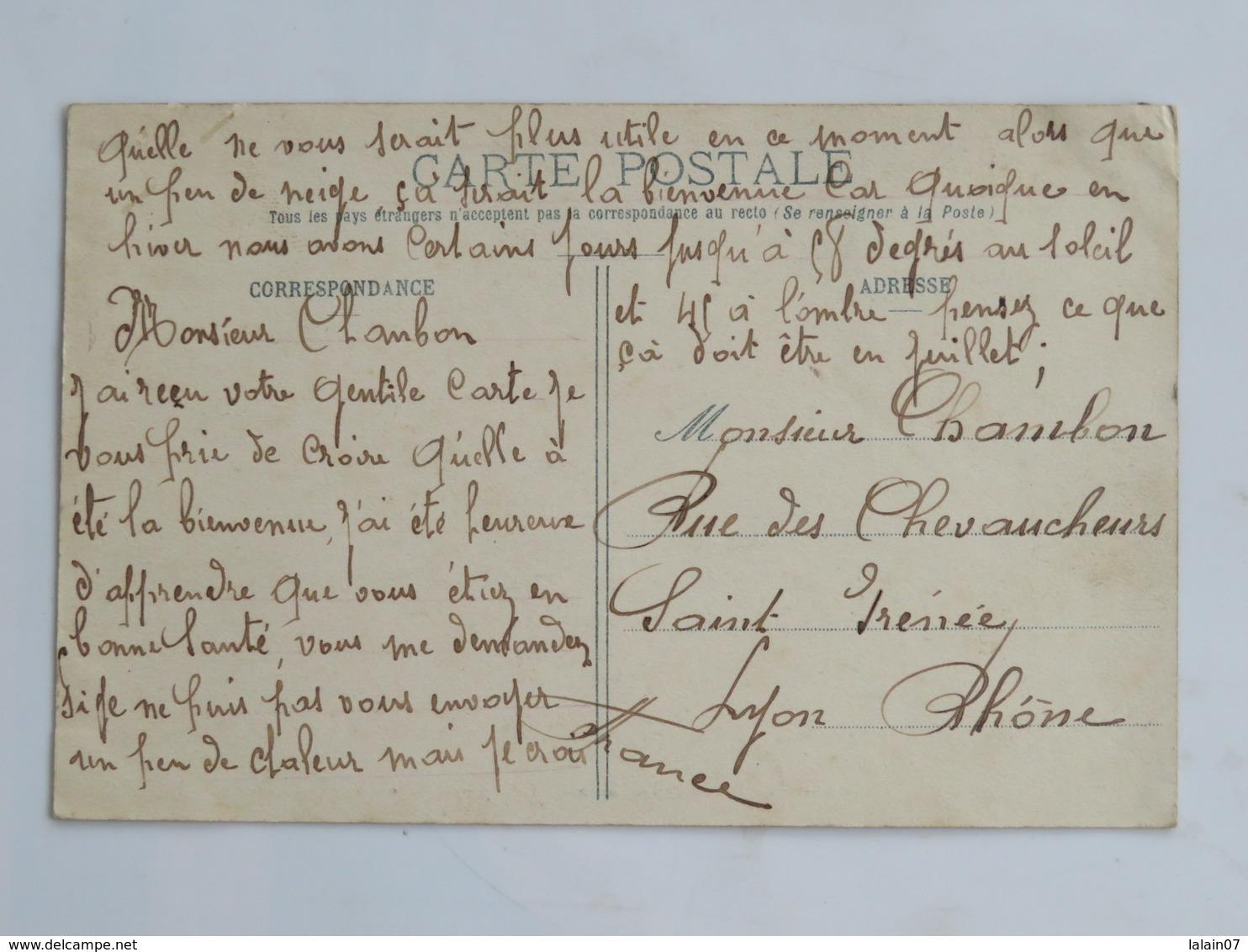 C.P.A. Indochine : Pénitencier Des Iles De Poulo Condore : Le Repas Des Bagnards, 2 Timbres 1909 - Bagne & Bagnards