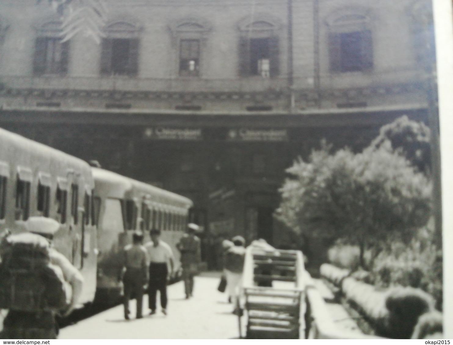 Vieux Trains Lot De 4 Photos - Trains