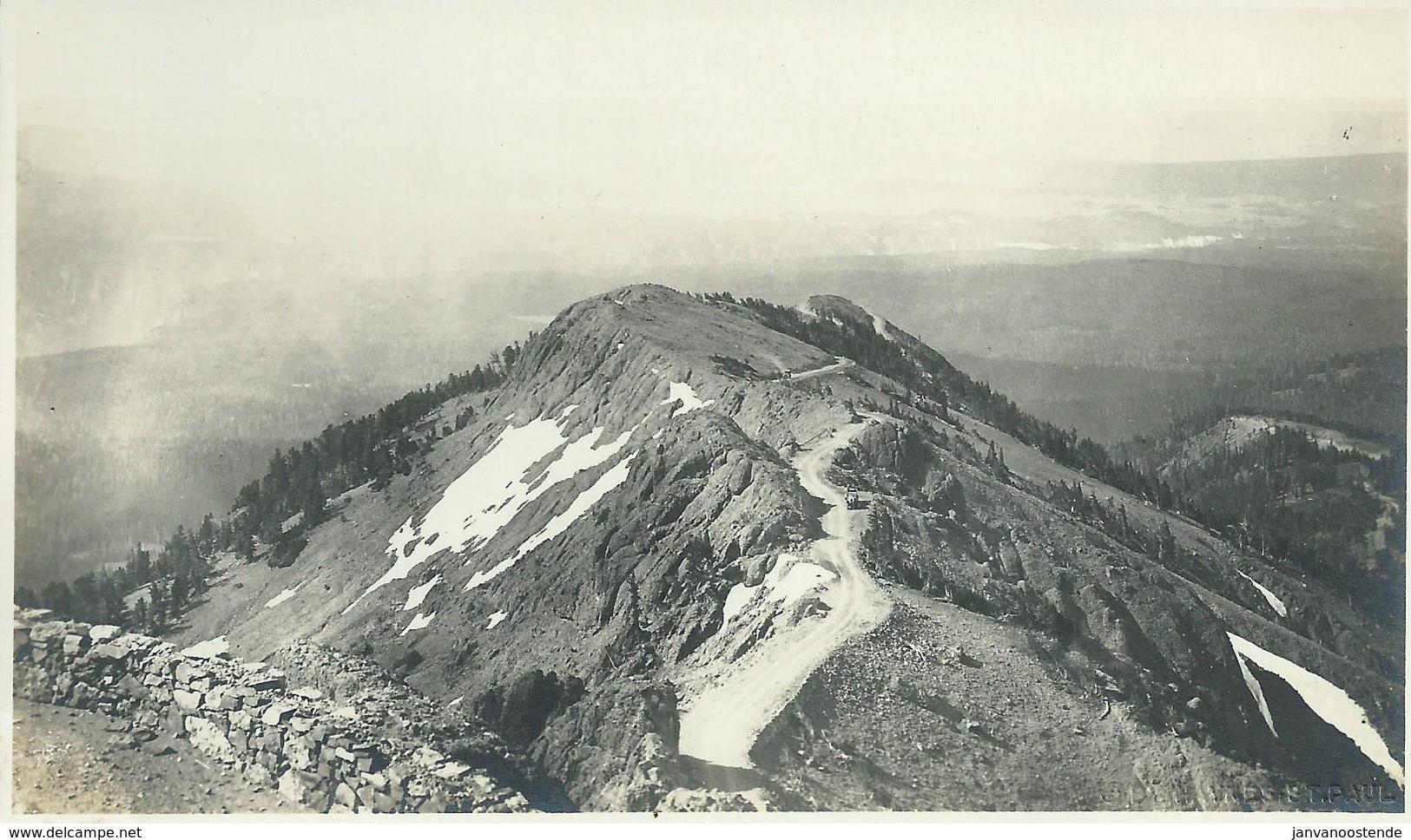 2633. Roadway On Mount Washburn - Yellowstone