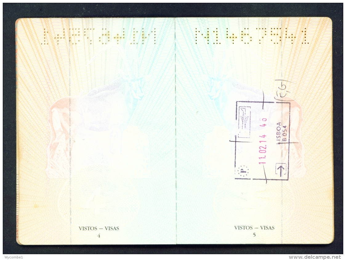 ANGOLA  -  Complete Expired Passport As Scans (Cover A Little Worn) All Used Pages Scanned - Historical Documents