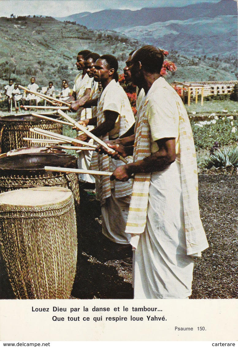 AFRIQUE,AFRICA,RWANDA,RUANDA,ROUANDA,KIGALI,JOUEUR  DE TAMBOURS,SORCIER,religieu X,croyants,tam  Tam - Rwanda