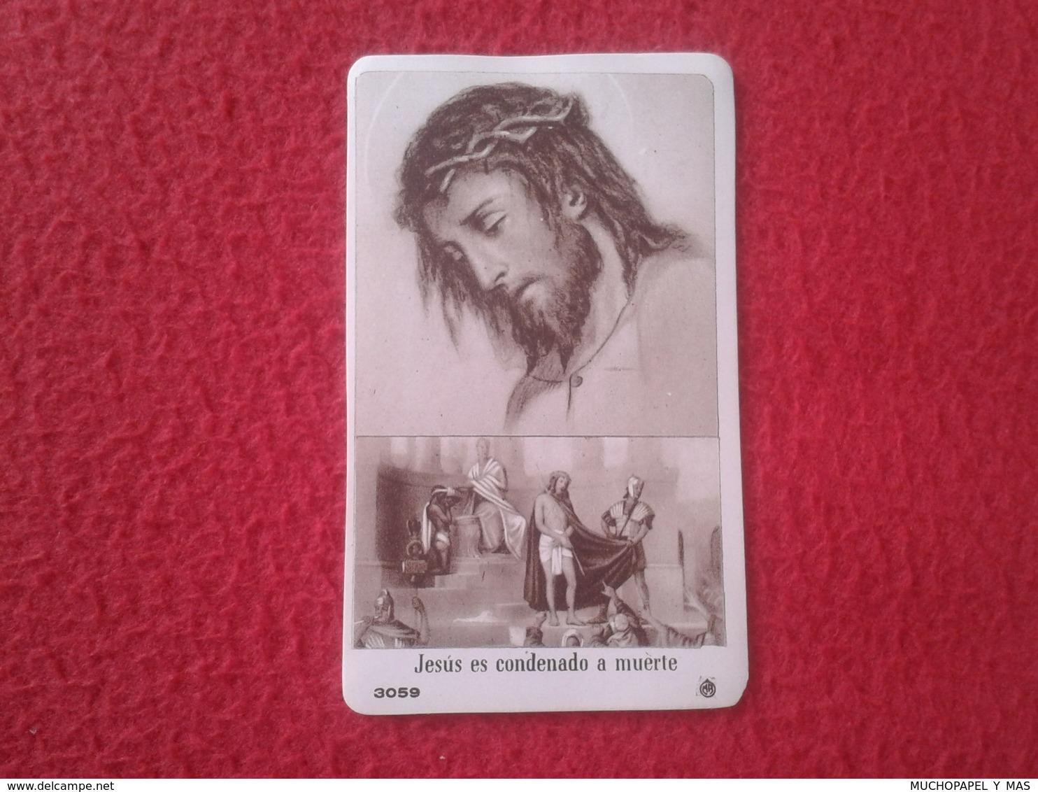 ANTIGUA ESTAMPA RELIGIOSA RELIGIÓN CON IMAGEN CRISTO JESÚS ES CONDENADO A MUERTE 3059 MUY BUEN ESTADO VER FOTO/S Y DESCR - Religión & Esoterismo