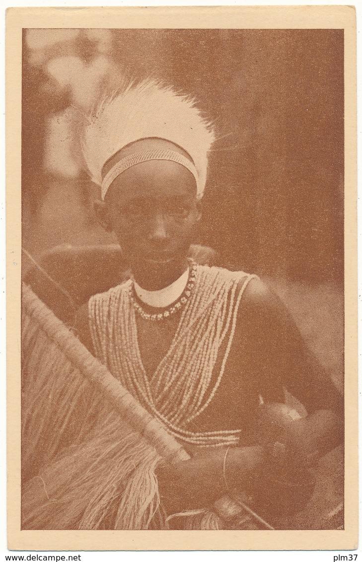URUNDI - Chef, Le Frère Du Roi, Tenue De Danse Guerrière - Missions Des Pères Blancs - Ruanda-Urundi
