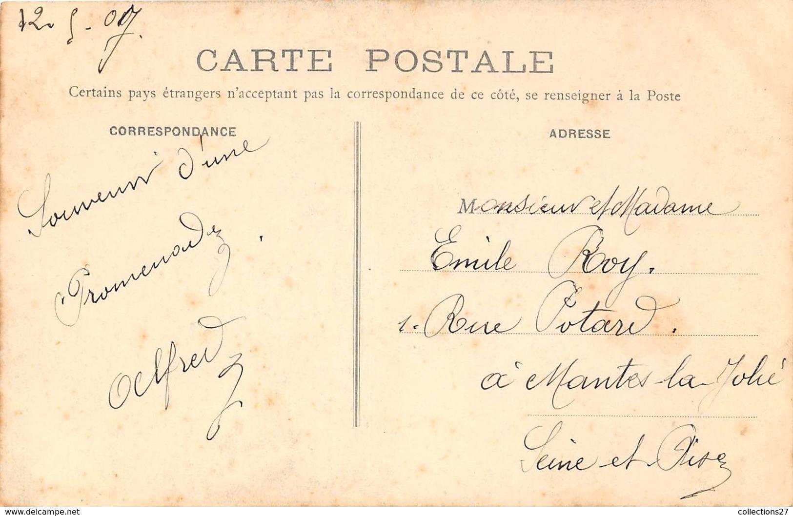 78-FOLLAINVILLE- LE VIEUX COIN - France