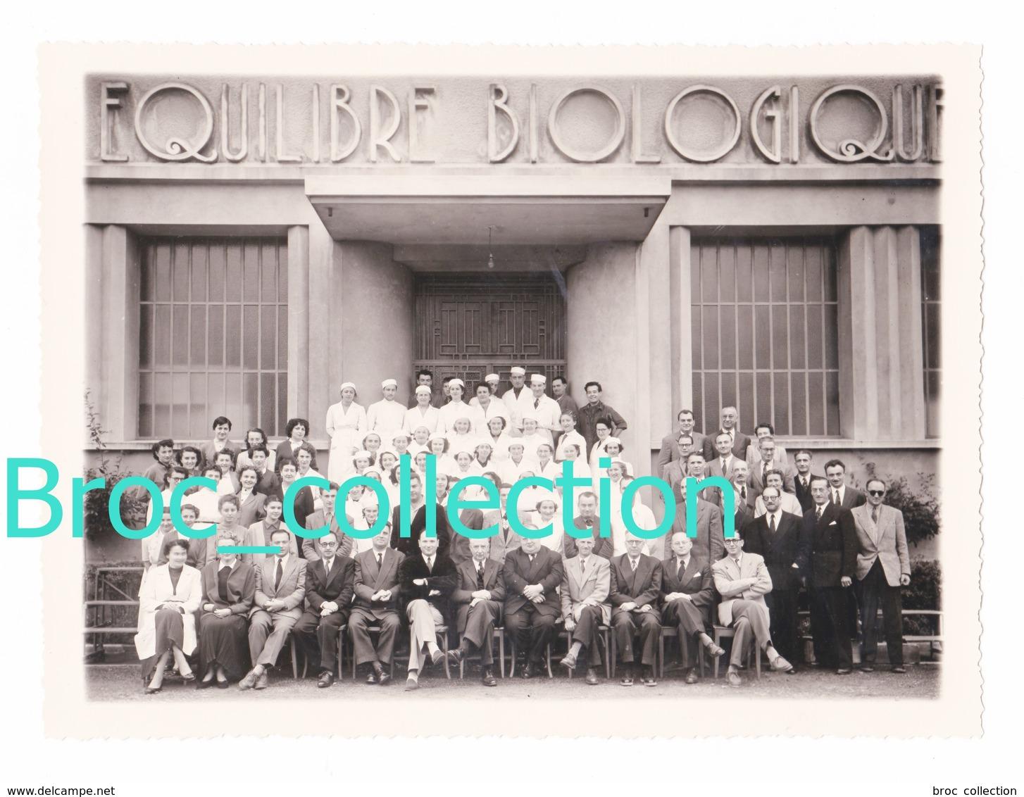 Commentry, Equilibre Biologique (AEC), Photo Du Personnel, Photographe Dumontier, 17,2 X 23,3 Cm. - Lieux