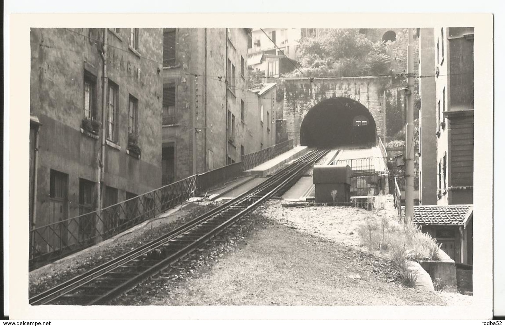 Photo - Tramway - Lyon Funiculaire Saint Just En  1969 - Trains