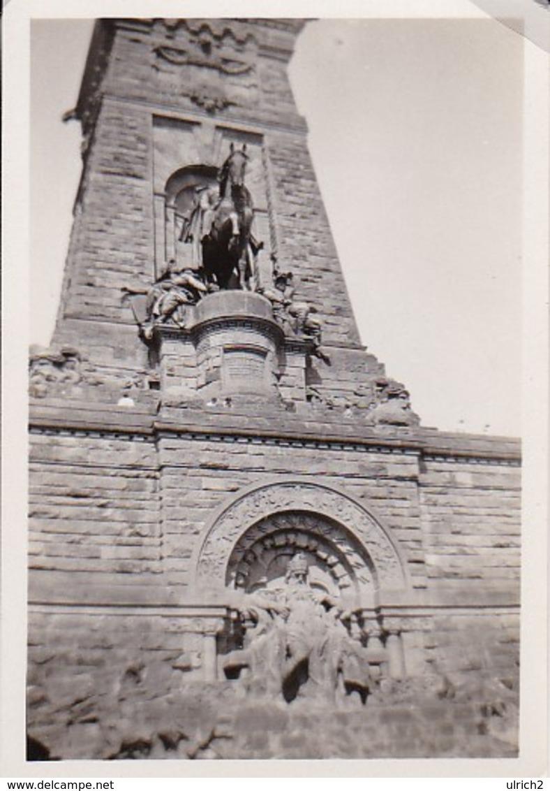 Foto Kyffhäuser Denkmal - Pfingsten 1935 - 8*5,5cm (34985) - Orte