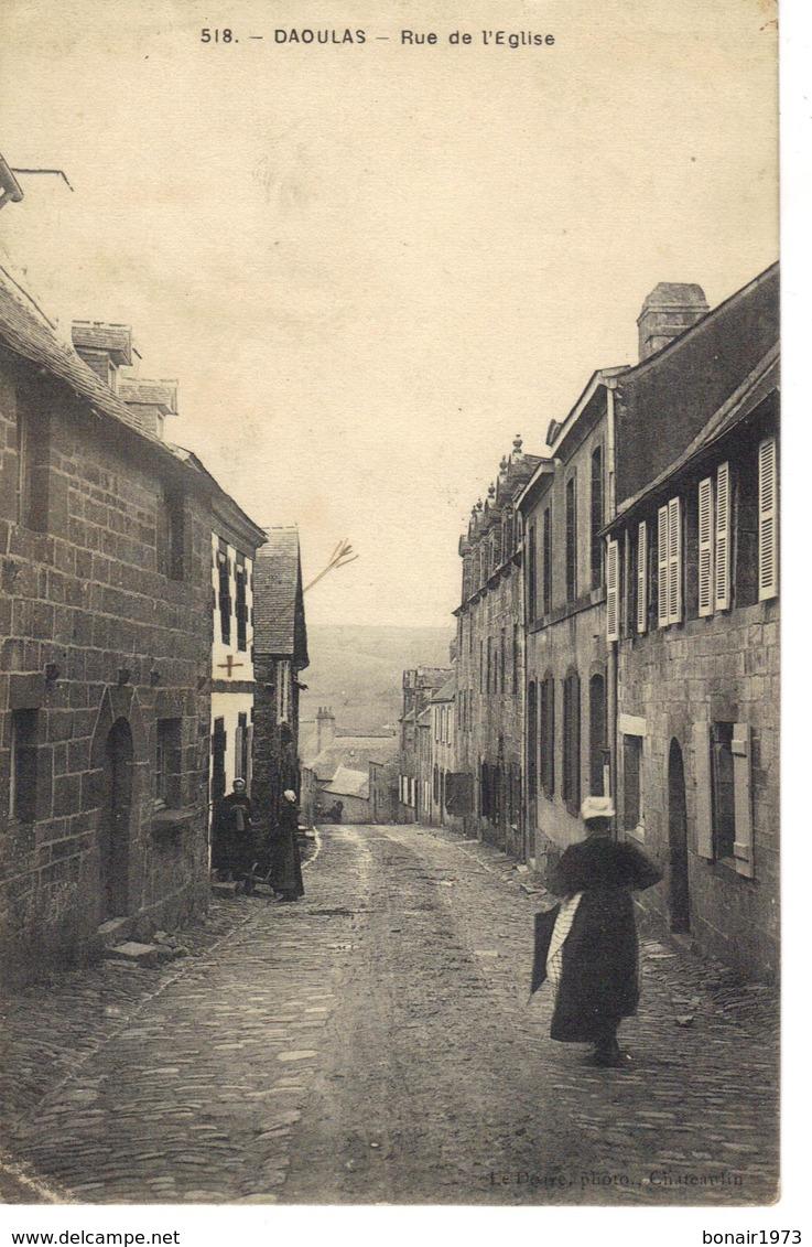 Daoulas , Environs De Brest , Rue De L'eglise . - Daoulas