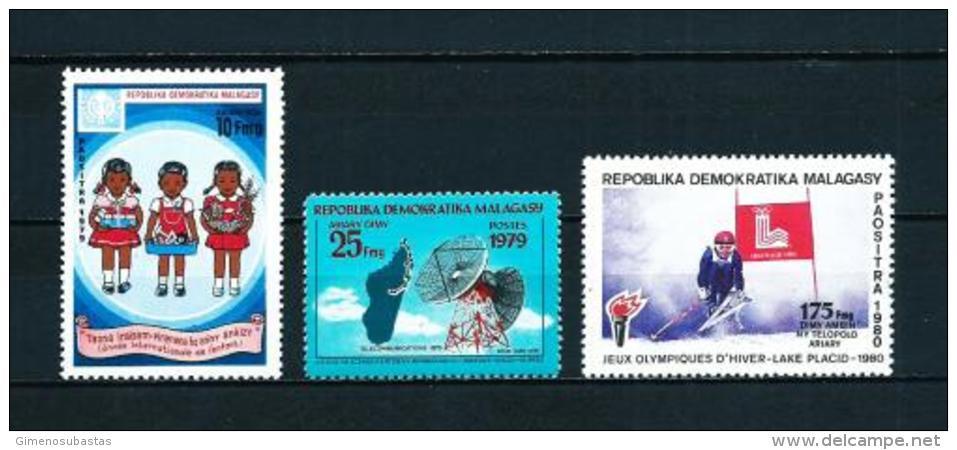 Madagascar  Nº Yvert  626-632-644  En Nuevo - Madagascar (1960-...)