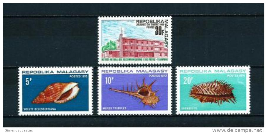 Madagascar  Nº Yvert  462-477/9  En Nuevo - Madagascar (1960-...)