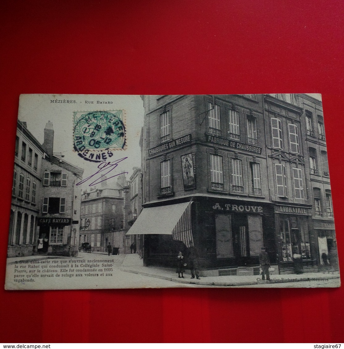 MEZIERES RUE BAYARD CAFE ET FABRIQUE DE CHAUSSURES - Frankrijk