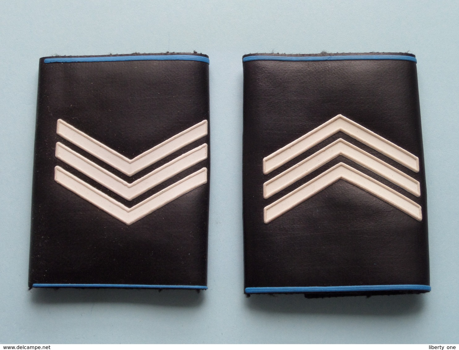 3 STREPEN / LATTEN ( Paar / Couple ) ( Details, Zie Foto's ) ! - Uniformes