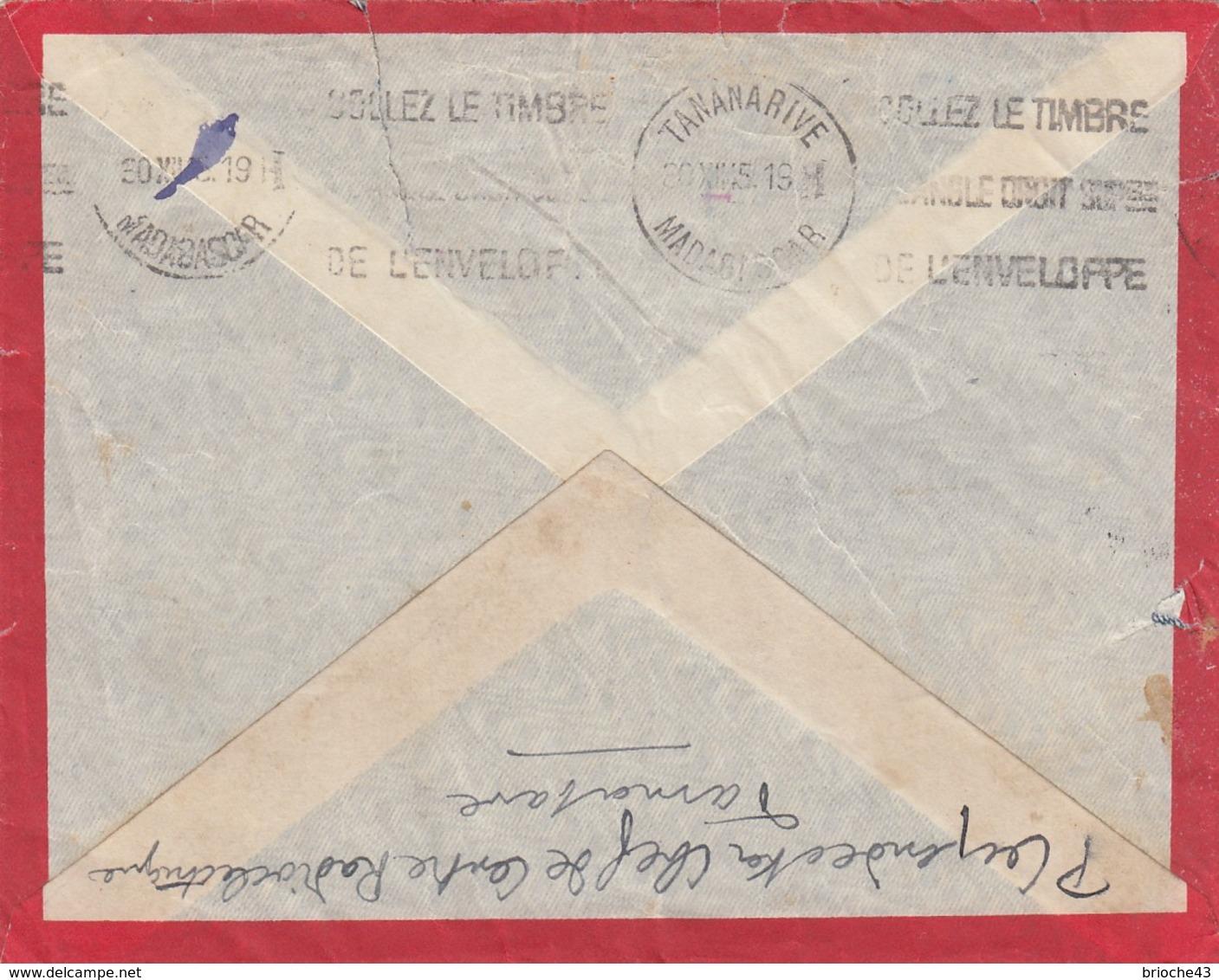 MADAGASCAR - LETTRE ENTIER 4.50 TAXE PERCUE  TAMATAVE 29.DEC 45 POUR LA ROCHELLE CHARENTE MARITIME / 1 - Lettres & Documents