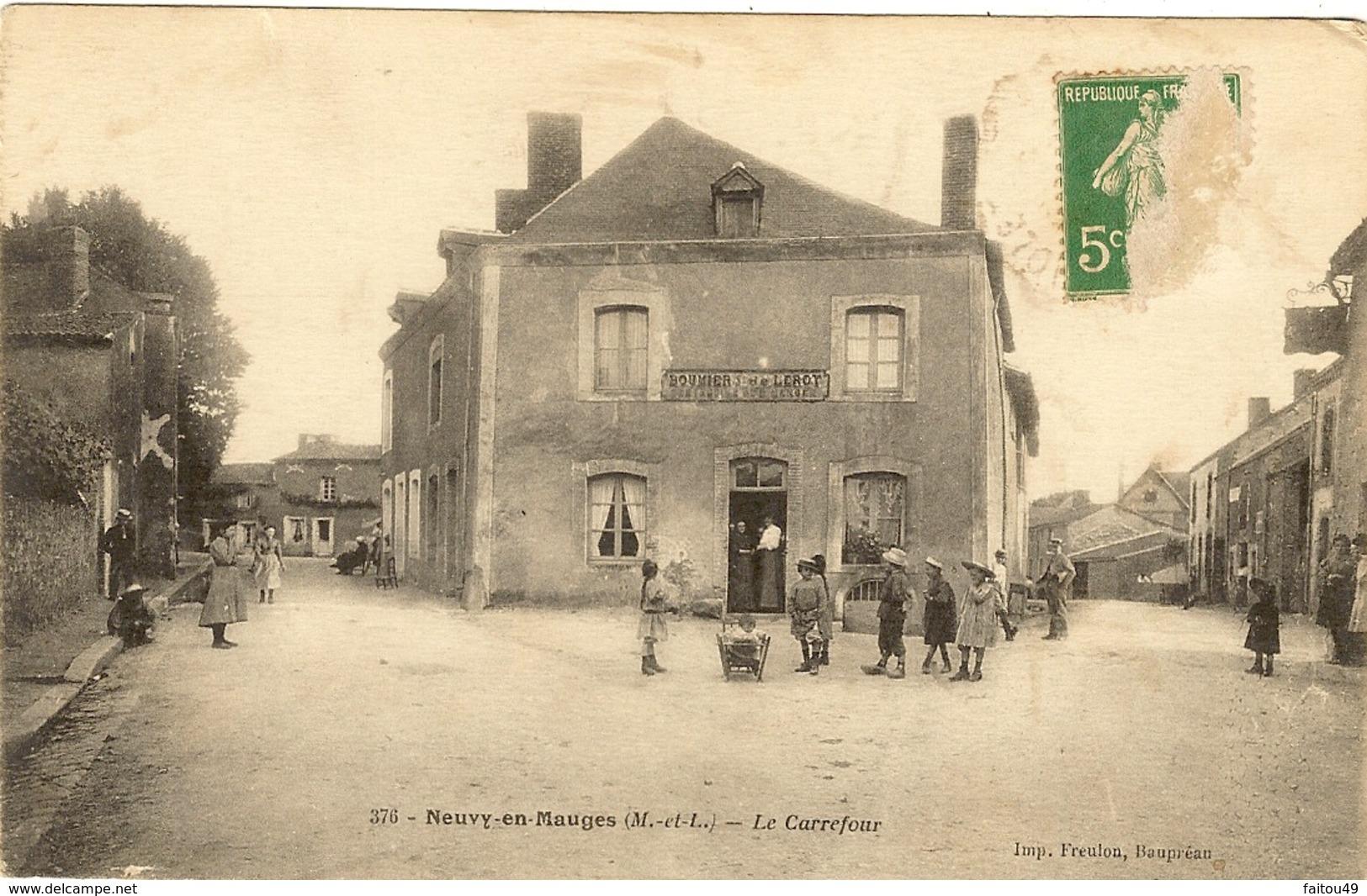 NEUVY EN MAUGES - Le Carrefour 13 - Other Municipalities