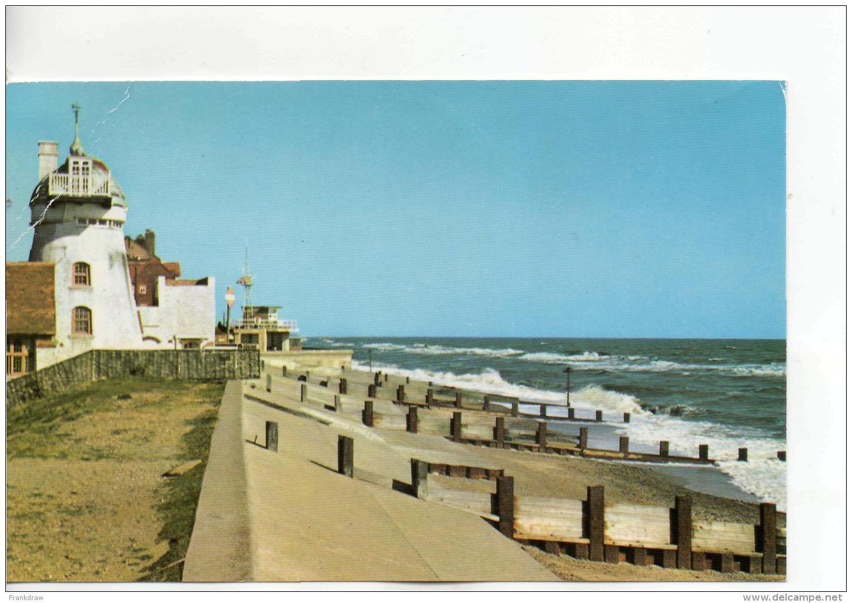 Postcard - The Old Mill House & Coastguard Station Aldeburgh - Unused Very Good - Cartes Postales