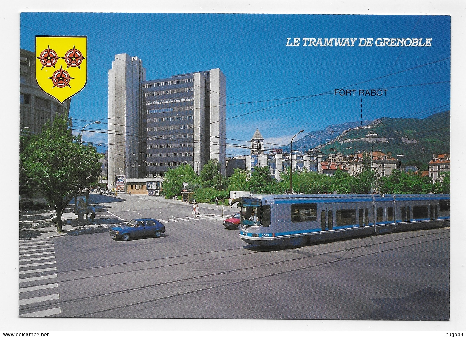 GRENOBLE - LE TRAMWAY - LA BIBLIOTHEQUE MUNICIPALE - CENTRE P.T.T. AU FOND - LE FORT RABOT - CPM GF NON VOYAGEE - Grenoble