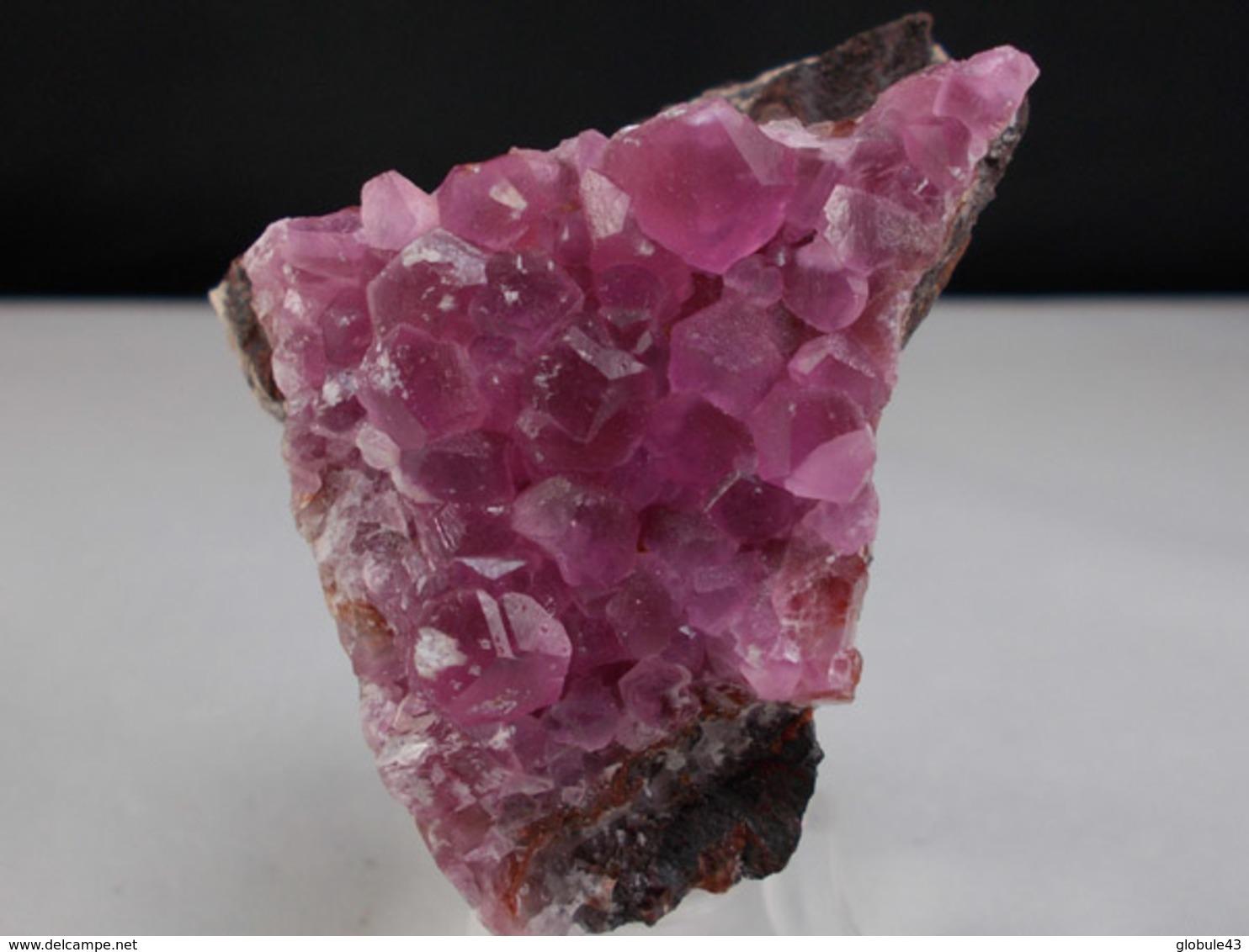 COBALTO CALCITE  4,5 X 3,5 CM BOU AZZER - Minerals