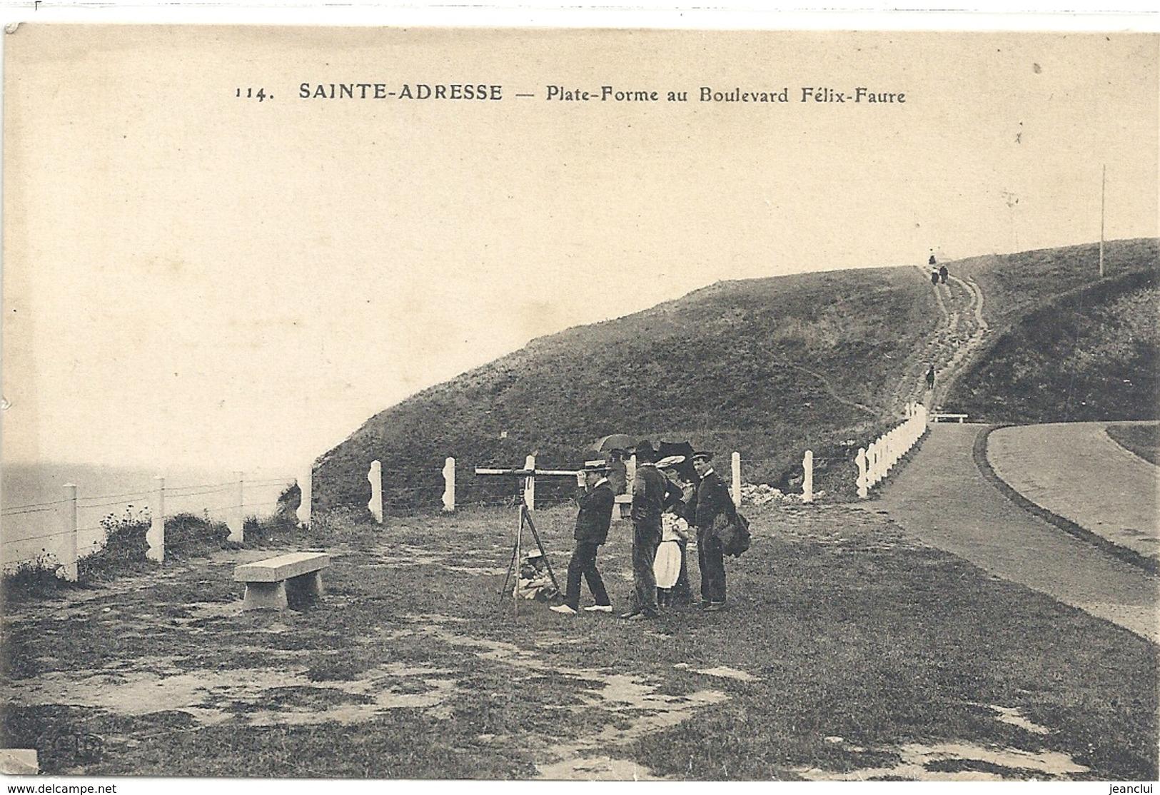 SAINTE-ADRESSE . PLATE-FORME AU BOULEVARD FELIX-FAURE . JOLIE CARTE ANIMEE NON ECRITE - Sainte Adresse