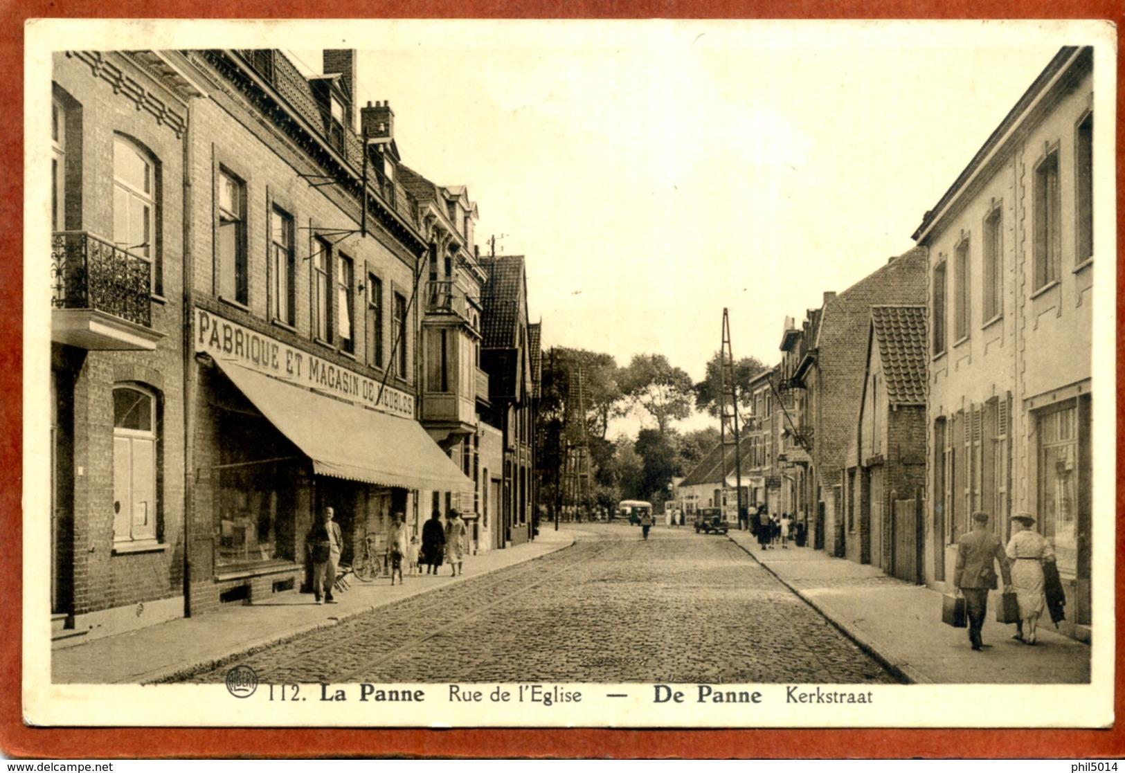 Belgique     CPA De LA PANNE     Rue De L'Eglise       Joli Plan Animé      1946     Très Bon état - De Panne