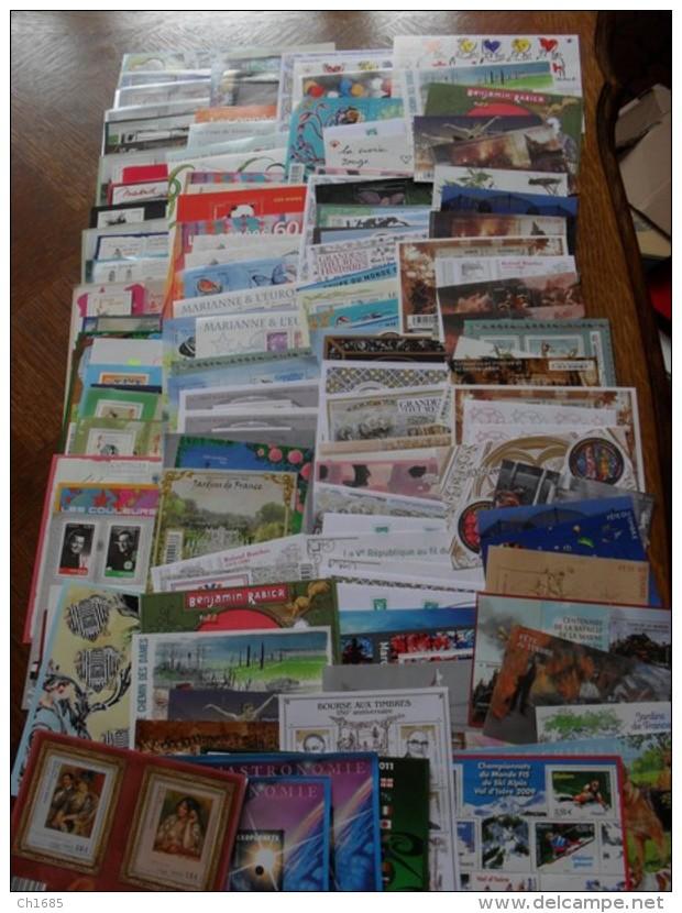 FRANCE  :   135 BLOCS   NEUF   XX  LUXE    FACIALE 430 EUROS - Sammlungen