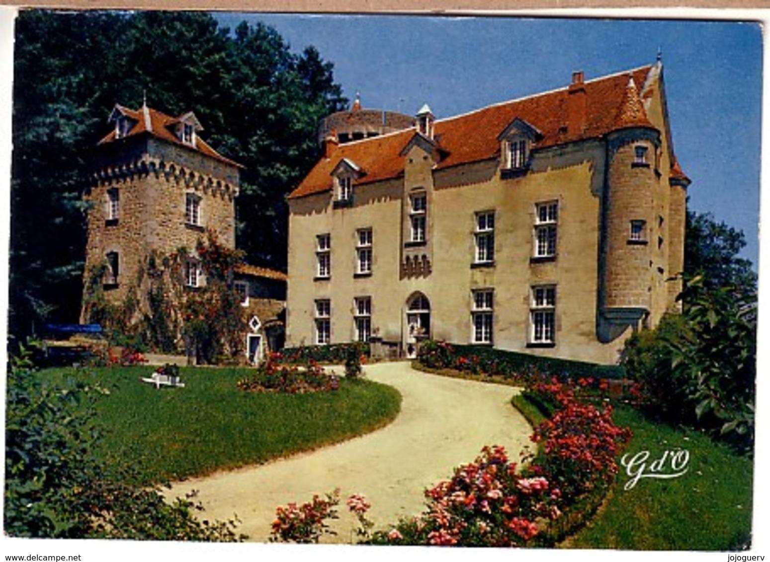 Olliergues Et Saint Gervais Château De La Blanchisse Façade Et Terrasse Sud-ouest - Ennezat