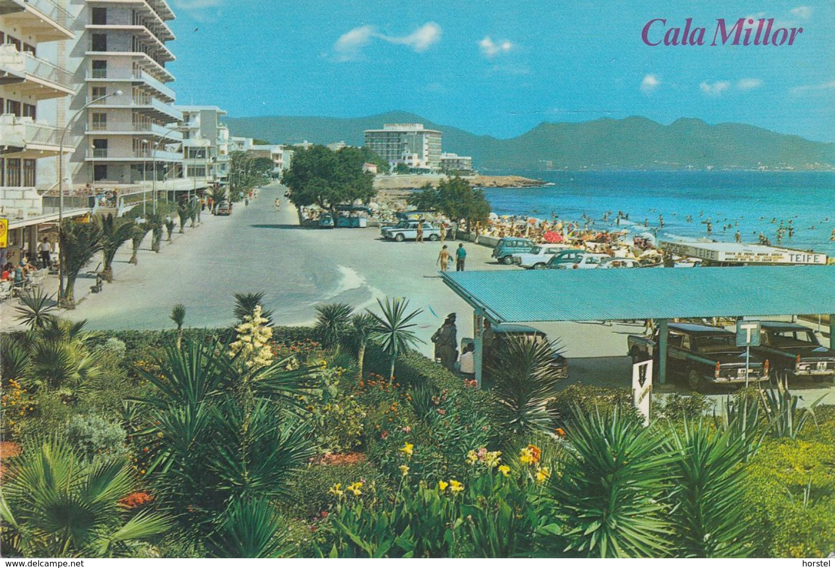 Spanien - Mallorca - Cala Millor - Hotel - Promenade - Cars - Mallorca