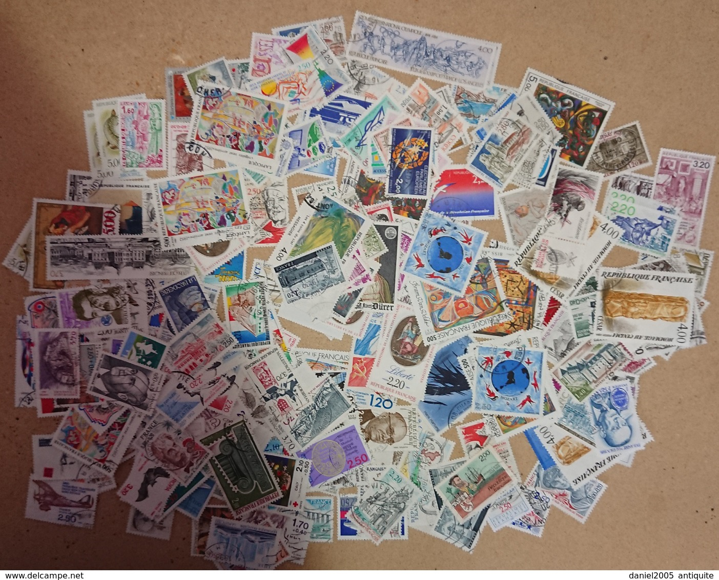 FRANCE - Lot De 1000 Timbres  Français   (voir Photos) - Timbres
