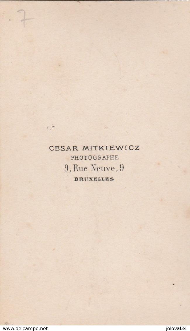 Photo Carte De Visite N° 7 - Cesar Mitkiewicz Bruxelles - Homme Assis - Photos