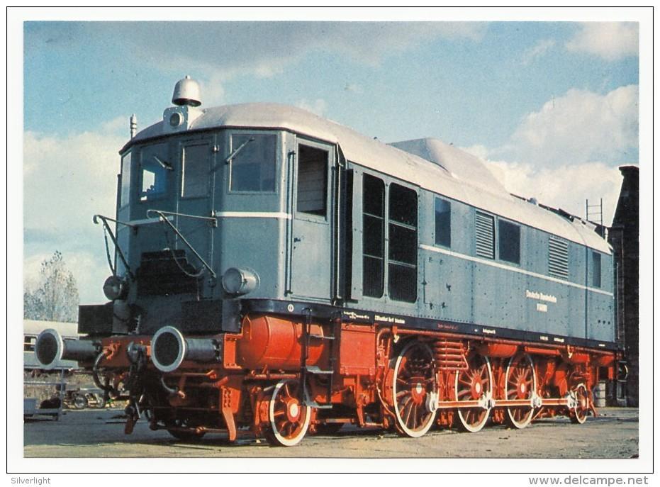 DB - Diesel-Streckenlokomotive V 140 001 (ex DRG V 16 101) Am 4.11.1969 Im AW Karlsruhe - Eisenbahnen