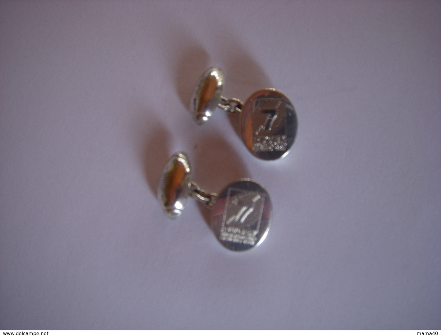 BOUTONS DE MANCHETTES - SPORT - RUGBY A 7 - WORLD CUP SEVENS - Cuff Links & Studs