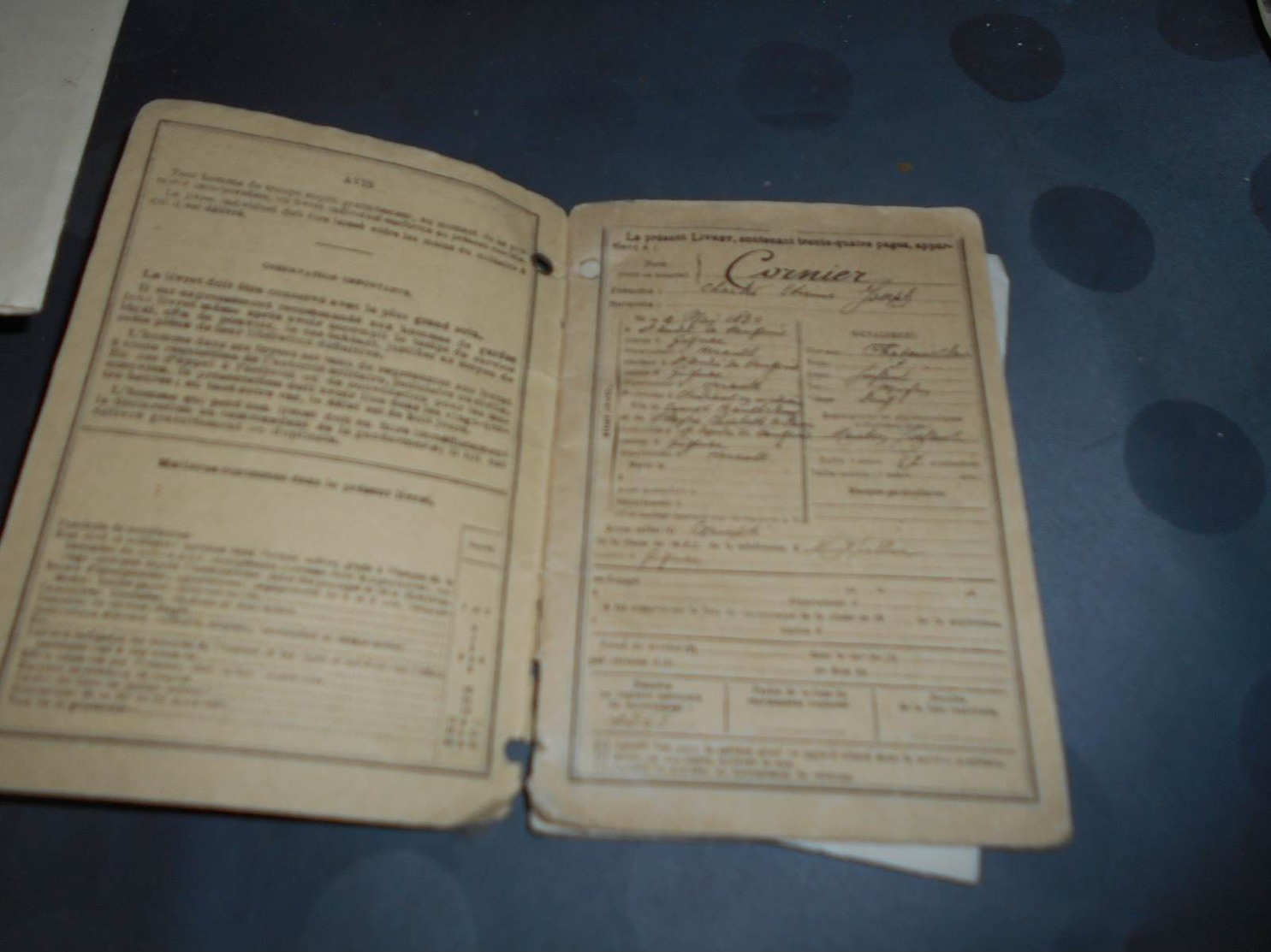 124 - Livret De Soldat, Classe 1910 , Soldat CORMIER Charles, Bureau De Recrutement De Montpellier - Documents