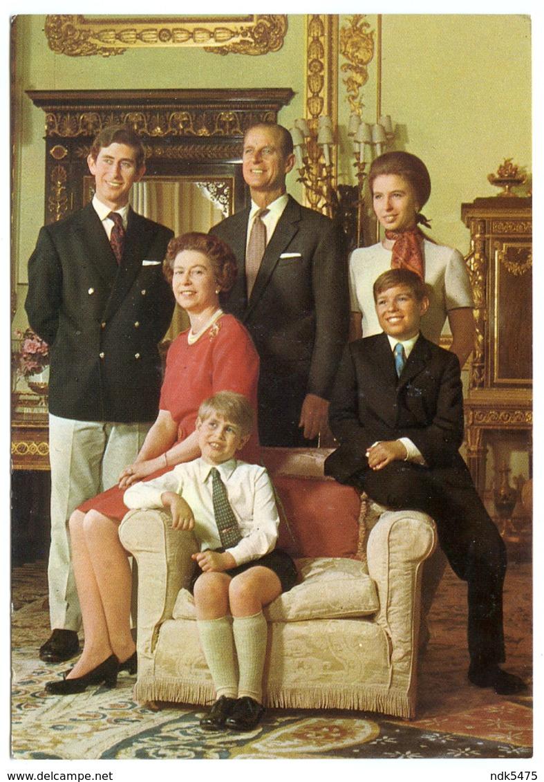 THE ROYAL FAMILY AT BUCKINGHAM PALACE - Royal Families