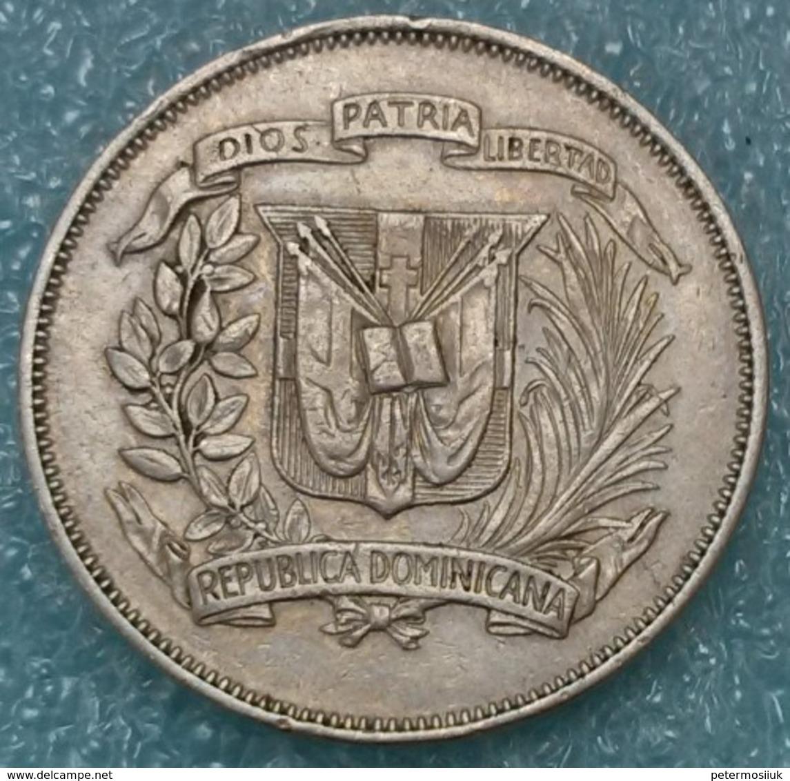 Dominican Republic ½ Peso, 1968 - Dominicaine