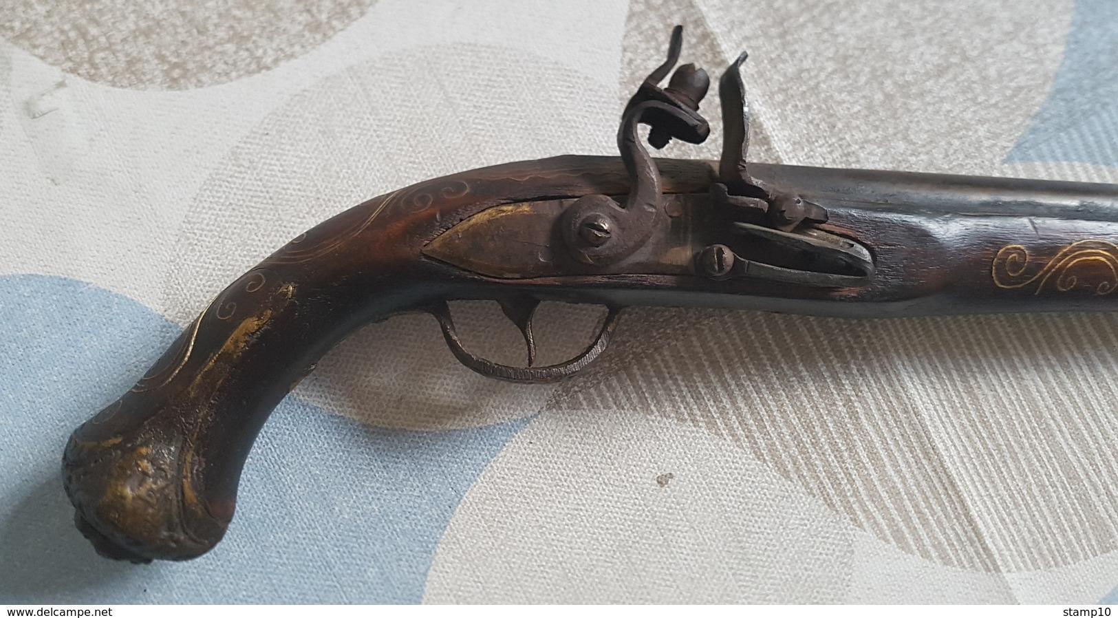 Schöne  Steinschlosspistole... - Armes Neutralisées