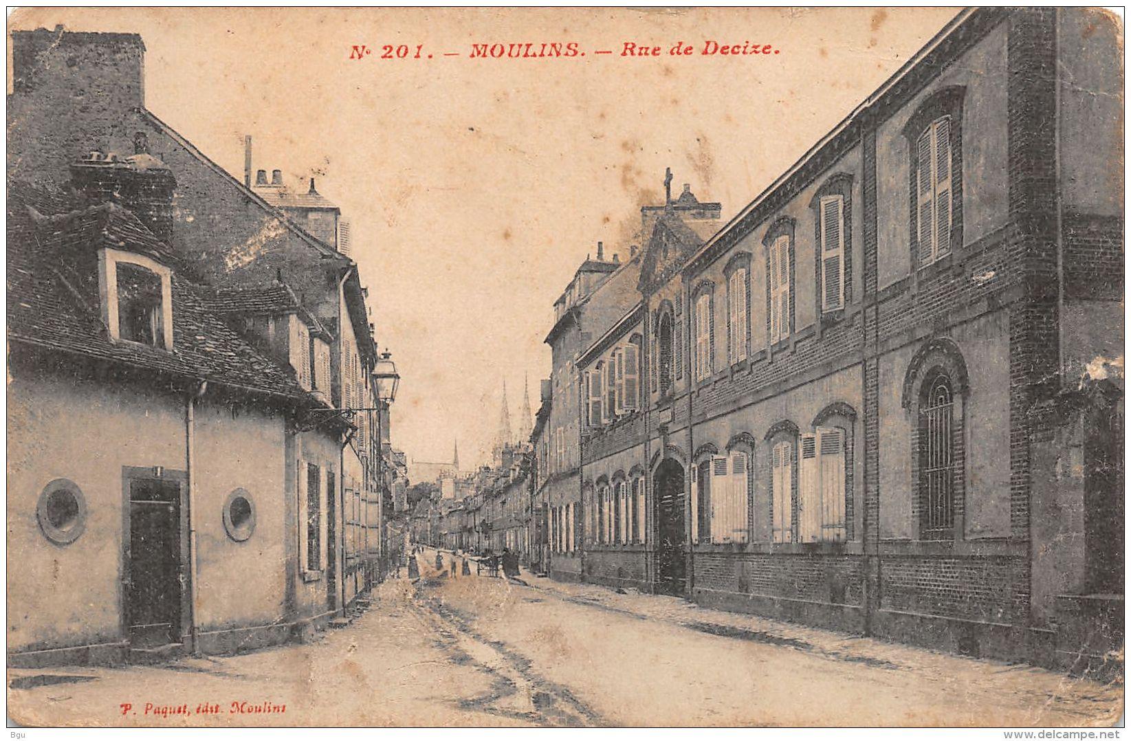 Moulins (03) - Rue De Decize - Moulins