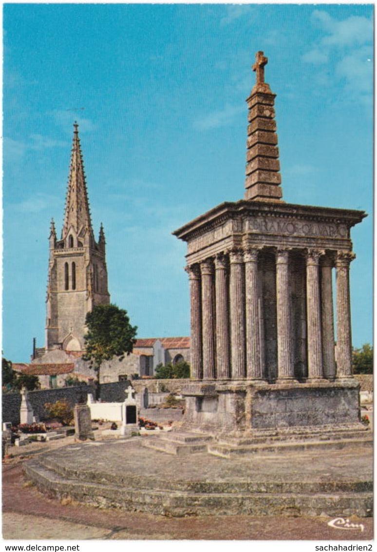 17. Gf. MOEZE. L'église Et La Croix Hosannière. 0023 - Sonstige Gemeinden