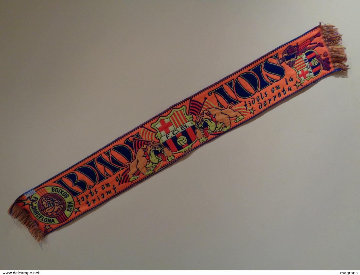 Bufanda (scarf) Naranja. Boixos Nois Del Futbol Club Barcelona. 145 X 20 Cm - Uniformes Recordatorios & Misc