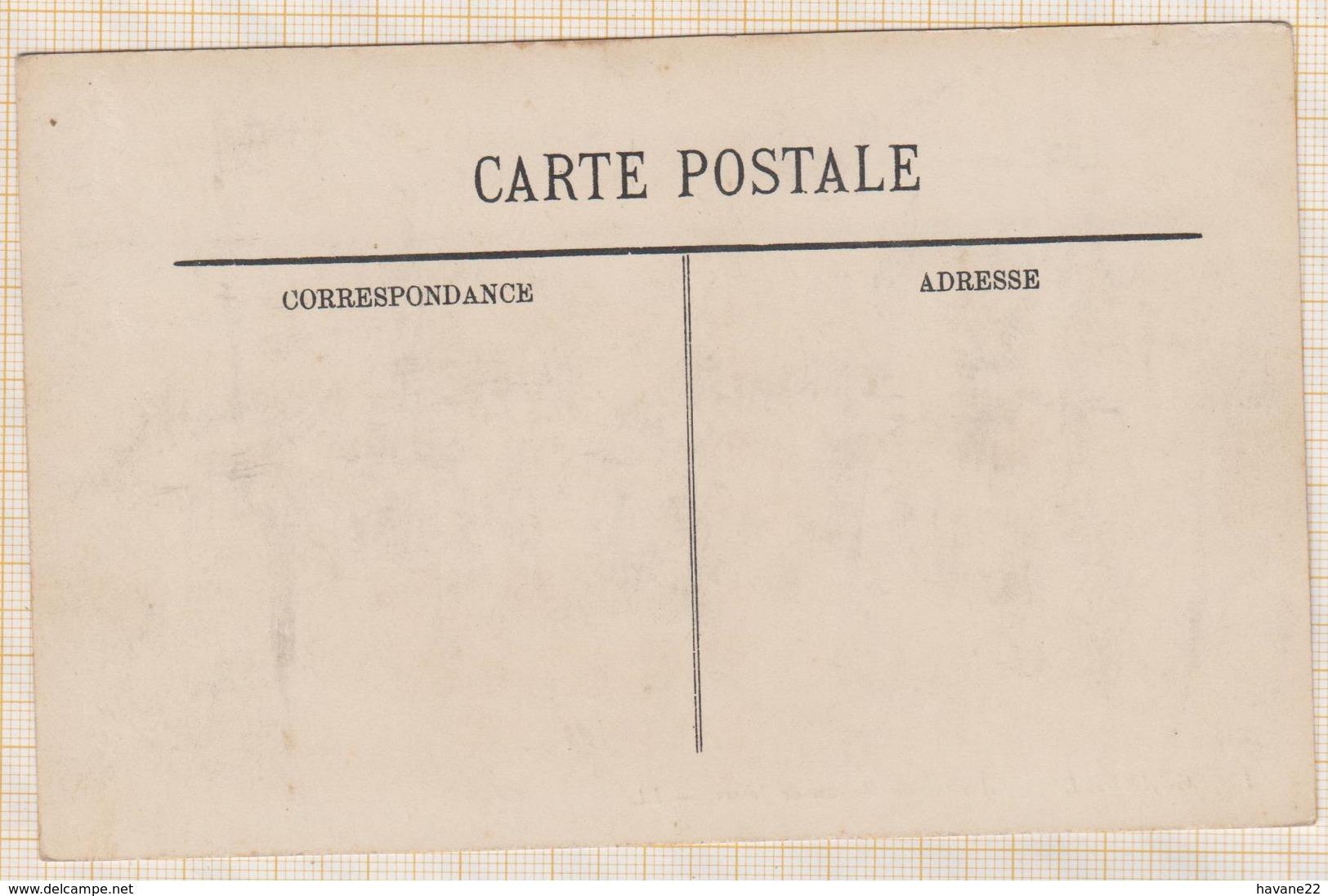 8AK1978 GRANVILLE ARRIVEE DU BATEAU DE JERSEY 2 SCANS - Granville
