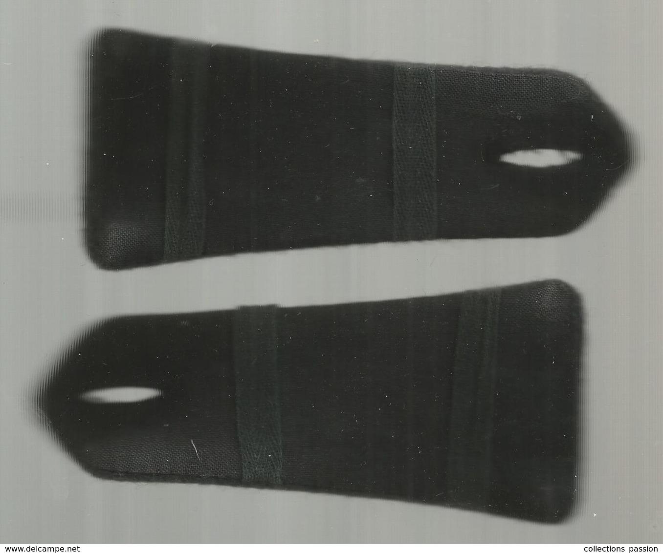 Militaria , Paire D'épaulette , MARINE , 2 Scans , Frais Fr 2.95 E - Ecussons Tissu