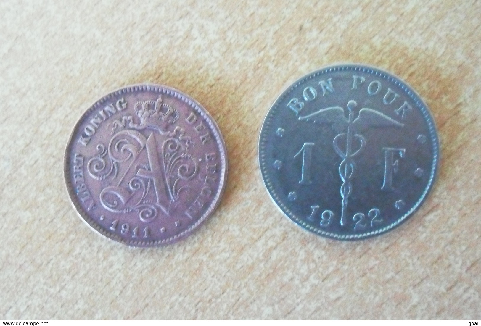 Lot De Deux Monnaies De Belgique/1 Franc 1922 Et 2 Centimes 1911(KM64)15 Euros En TTB-Valeur Des Monnaies Belge) En TTB+ - 1909-1934: Albert I