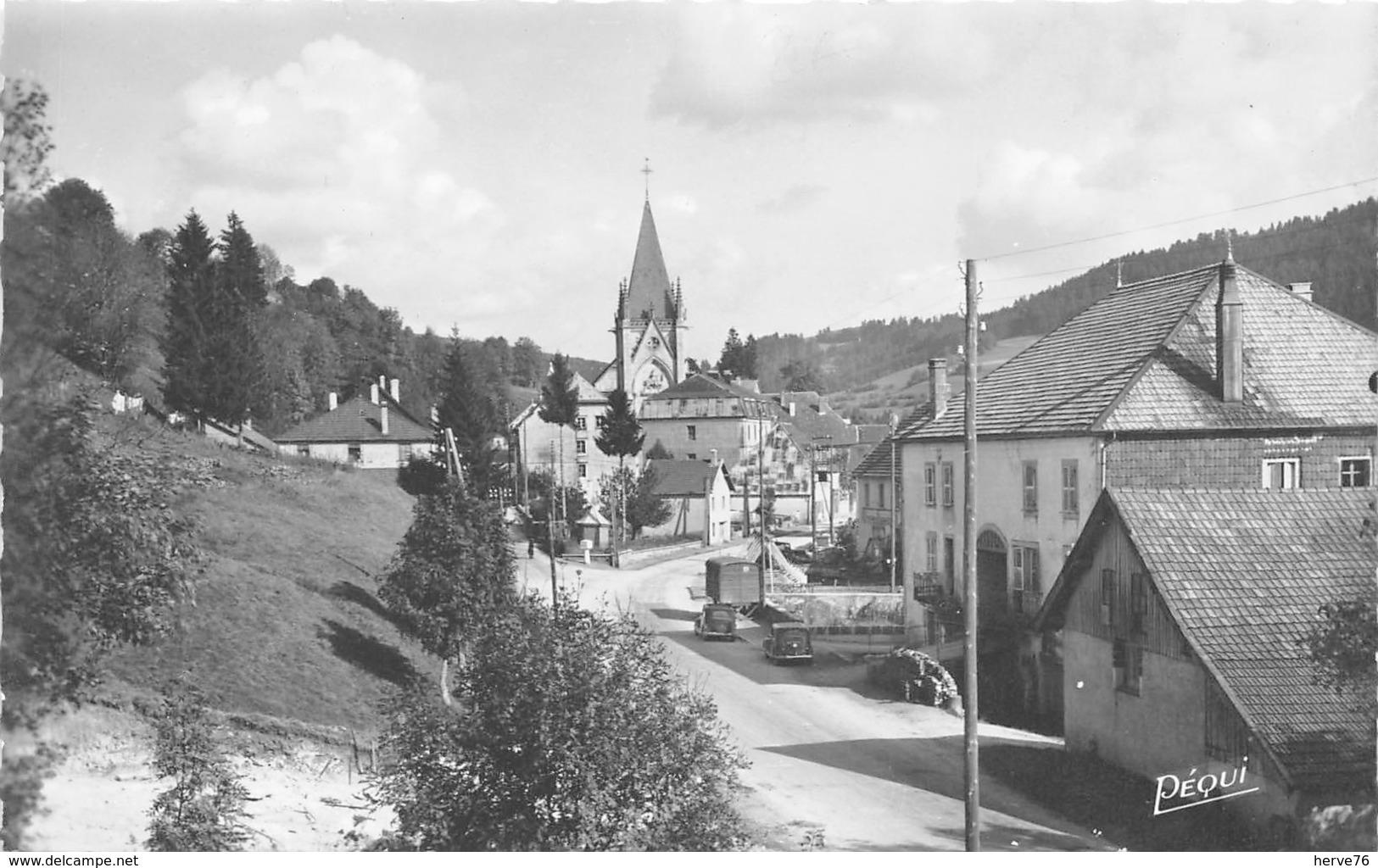 MONTBENOIT - Vue En Arrivant De Pontarlier - CPSM - France