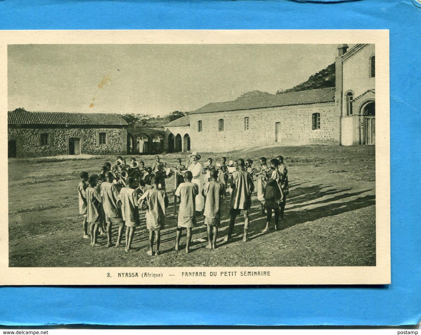 MALAWI-NYASSA-plan Animé La Fanfare Du Petit Séminaire -années 1910-20--édition Oeuvre De St Pierre - Malawi