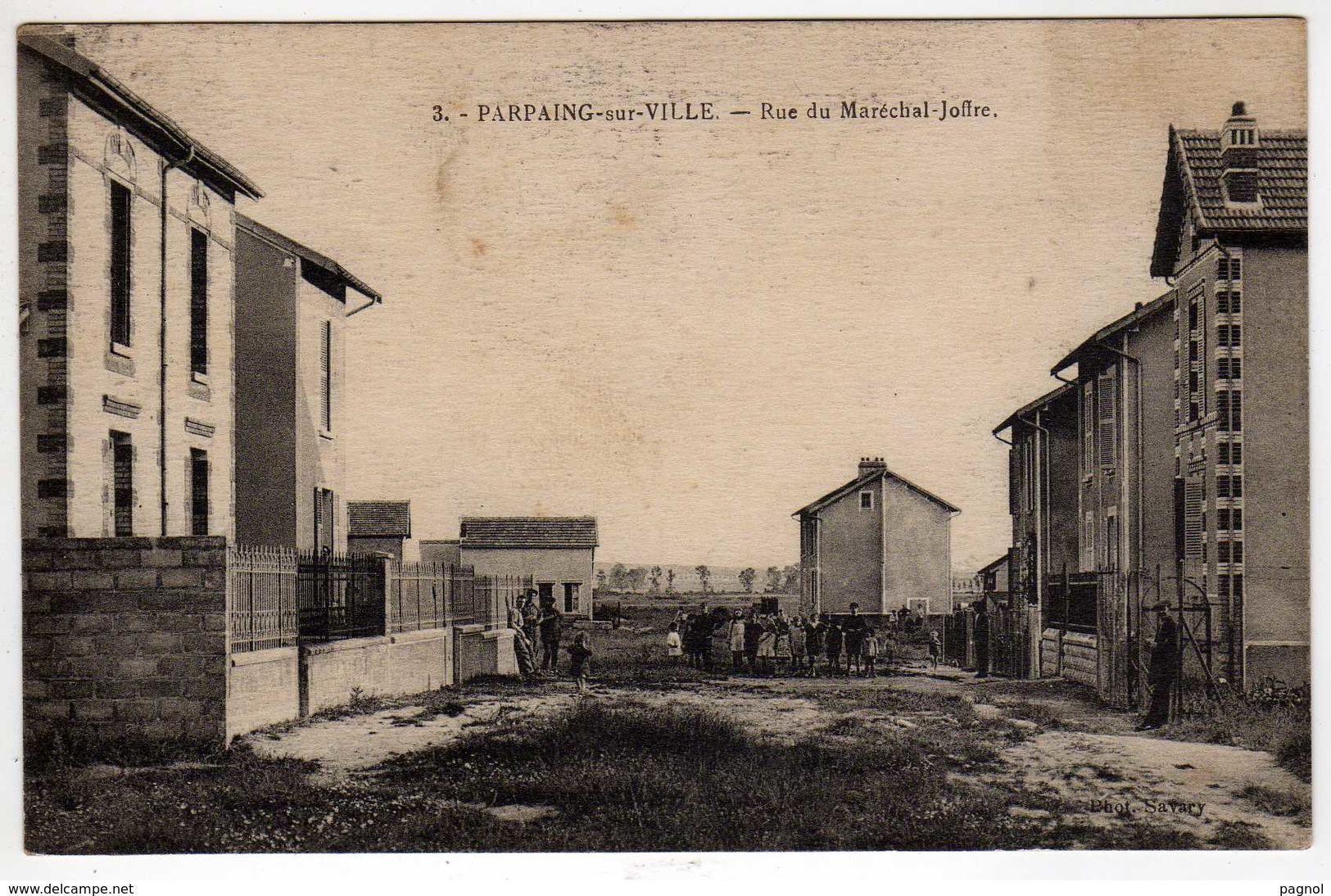 A Identifier : Parpaing-sur-la-Ville : Rue Du Maréchal - Joffre - Cartes Postales