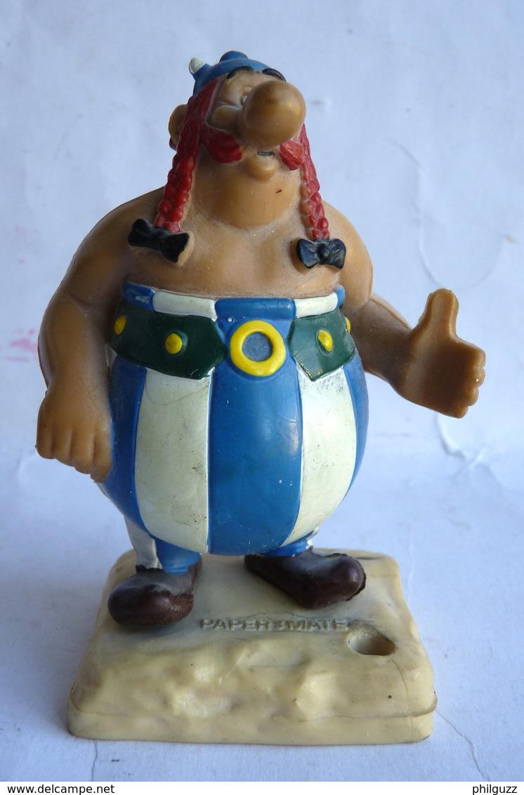 FIGURINE HEIMOG 1982 PAPERMATE ASTERIX - OBELIX Socle Pierre PORTE STYLO - Asterix & Obelix