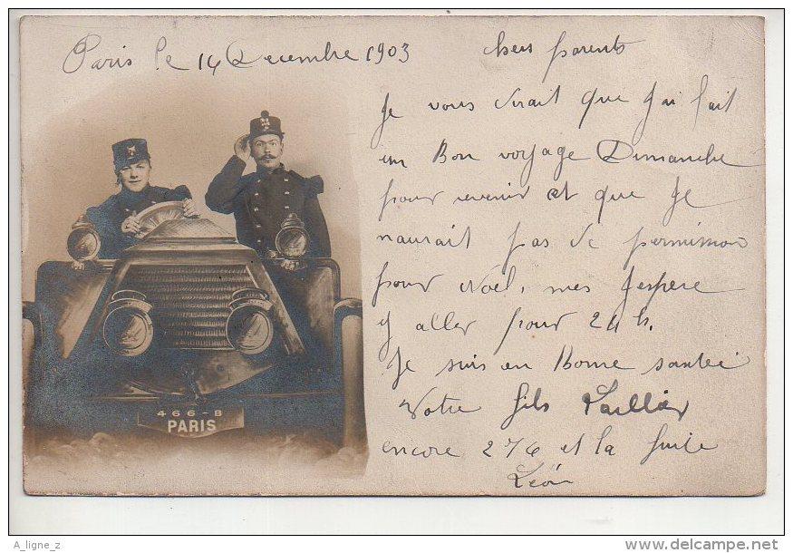 REF 338 :  CPA Carte Photo Voiture Ancienne Soldat - Taxi & Carrozzelle