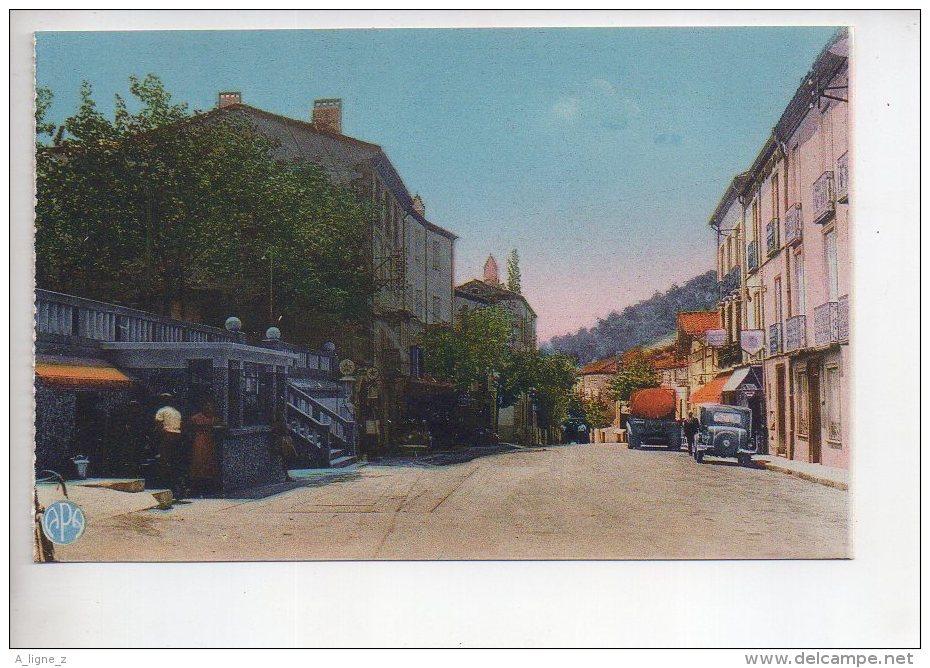 REF 309  :  CPA 66 LE PERTHUS Avenue D'espagne Pompe à Essence Azur - Altri Comuni
